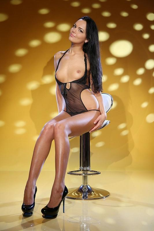 Carla Naughty Escort... wants you in Amsterdam!